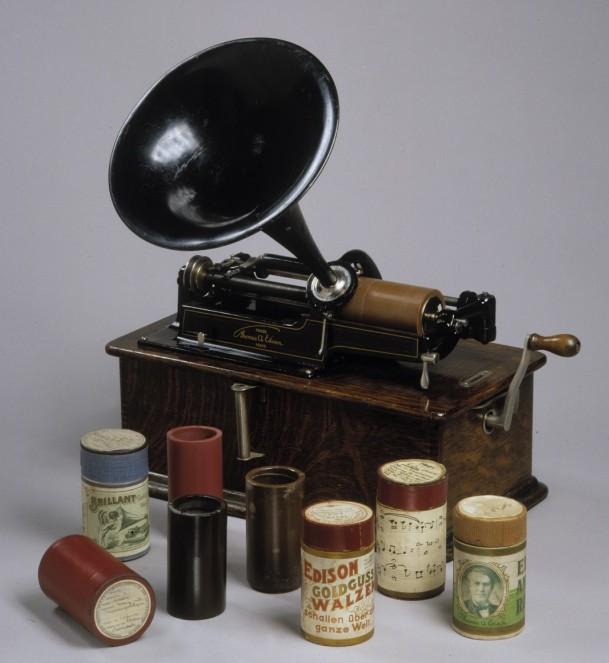 Edison-Phonograph mit Wachswalzen
